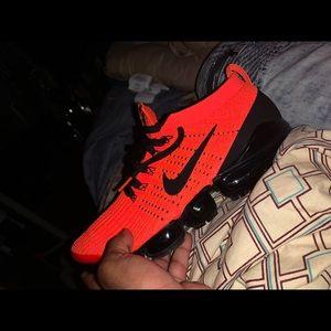 Nike air vapormax/crimson